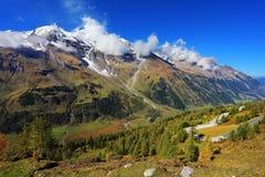 Alpi Snow-capped Immagine Stock Libera da Diritti