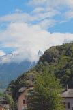 Alpi sopra la città di Vernayaz Martin, Svizzera Immagini Stock Libere da Diritti