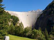 Alpi svizzere, diga del lago Luzzone Fotografia Stock Libera da Diritti