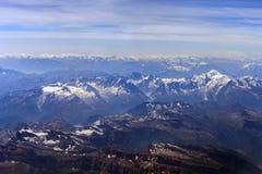 Alpi svizzere e francesi Vista dall's-occhio del ` dell'uccello Fotografie Stock Libere da Diritti