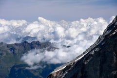 Alpi svizzere in giorno di agosto Immagine Stock