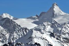 Alpi svizzere: I d'Herens dell'ammaccatura Fotografia Stock Libera da Diritti