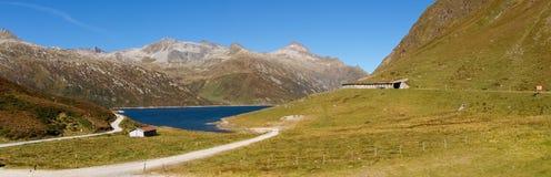 Alpi svizzere, lago del passaggio di Lukomanier Fotografia Stock Libera da Diritti