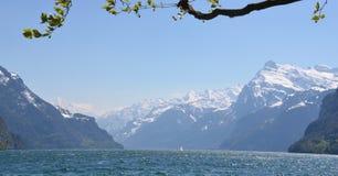 Alpi svizzere - montagne di Bernese fotografie stock libere da diritti