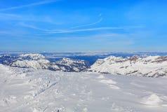 Alpi svizzere nell'orario invernale, vista dal Mt Titlis Fotografie Stock Libere da Diritti