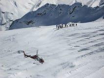 Alpi svizzere St Moritz di corsa con gli sci dell'elicottero Immagine Stock Libera da Diritti