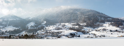 Alpi svizzere vicino a Tavate, Svizzera Fotografia Stock