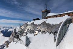 Alpi tedesche della stazione del picco di montagna di Zugspitze nell'inverno Immagini Stock Libere da Diritti
