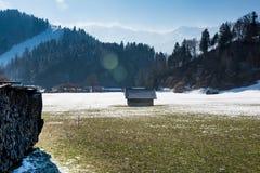 Alpi, vista dalla valle di Loisach, Garmisch-Partenkirchen Fotografie Stock
