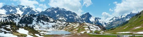 Alpien bergpanorama (Vorarlberg, Oostenrijk) Stock Foto's