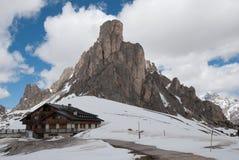 Alpien breng in de winter onder Royalty-vrije Stock Foto's