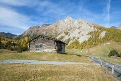 Alpien chalet royalty-vrije stock afbeelding