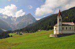 Alpien cultureel landschap stock foto's