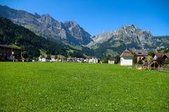 Alpien dorp Royalty-vrije Stock Afbeeldingen