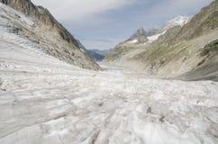 Alpien landschap met bergen en gletsjer Royalty-vrije Stock Afbeeldingen