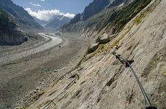 Alpien landschap met het beklimmen van sleep in de Franse Alpen Royalty-vrije Stock Afbeeldingen