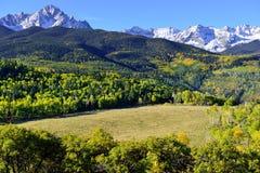Alpien landschap van Colorado tijdens gebladerte Royalty-vrije Stock Foto's