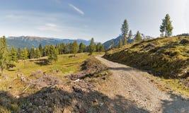 Alpien landschapspanorama in Westelijke Carinthia, Oostenrijk Royalty-vrije Stock Fotografie