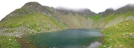Alpien meerpanorama Stock Afbeelding