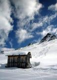 Alpien plattelandshuisje Stock Foto