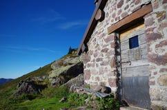 Alpiene hut Stock Foto