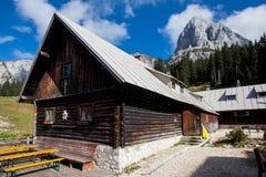 Alpiene hut Royalty-vrije Stock Afbeeldingen