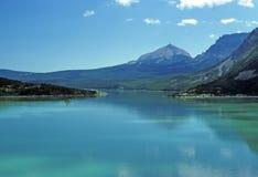 Alpiene Meren en bergen Royalty-vrije Stock Foto's