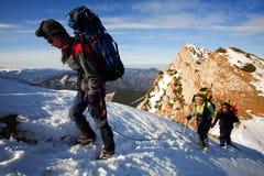 Alpiene trekkers royalty-vrije stock foto