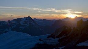 Alpiene zonsondergang stock foto's