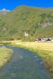 Alpin flod Arkivbild