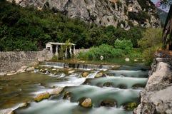 alpin flod Royaltyfri Fotografi