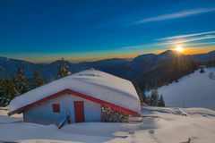 Alpin hut in the snow Royalty Free Stock Photos