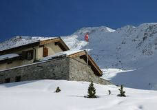 alpin kabinschweizare Royaltyfria Foton