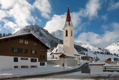 alpin kyrka Royaltyfri Foto