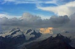 alpin målning Arkivbilder