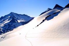 alpin sikt för grotoppmötevenediger arkivfoton