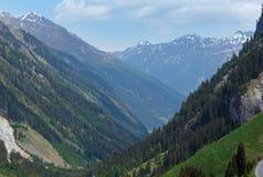 Alpin sikt från Kaunertaler Gletscherstrasse (Österrike) Royaltyfria Bilder