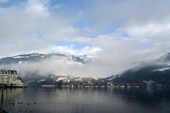 alpin österrikisk semesterort Arkivbild