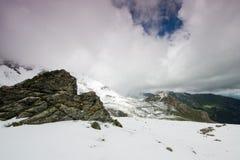 Alpin väg för Grossglockner kick, Österrike royaltyfria foton