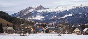 Alpin vinterdag Arkivfoton