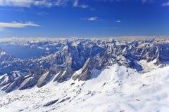 Alpina fjällängar Arkivbilder