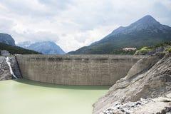 Alpine dam Royalty Free Stock Photos