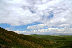 The Alpine Grassland scenery on the Qinghai Tibet Plateau Royalty Free Stock Images