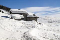Alpine Hütte lizenzfreie stockbilder