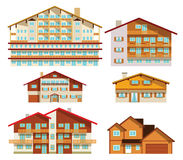 Alpine Hotels u. Häuser Stockbild