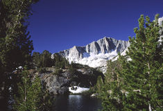 Alpine lake in Sierra Nevada of California Stock Photography