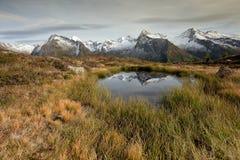 Alpine Reflexion lizenzfreies stockbild
