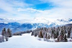 Free Alpine Ski Slope In Mont-Blanc Alps Mountains View Stock Photo - 174929450