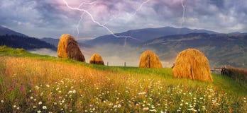 Alpine Unterhaltlandwirtschaft Lizenzfreie Stockfotos
