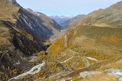 Alpine valley in the fall Royalty Free Stock Image